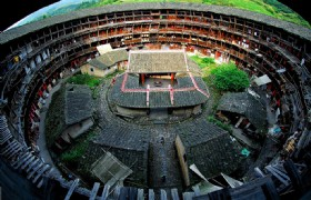 Xiamen,Fujian Tulou and Gulangyu 4 Days Tour
