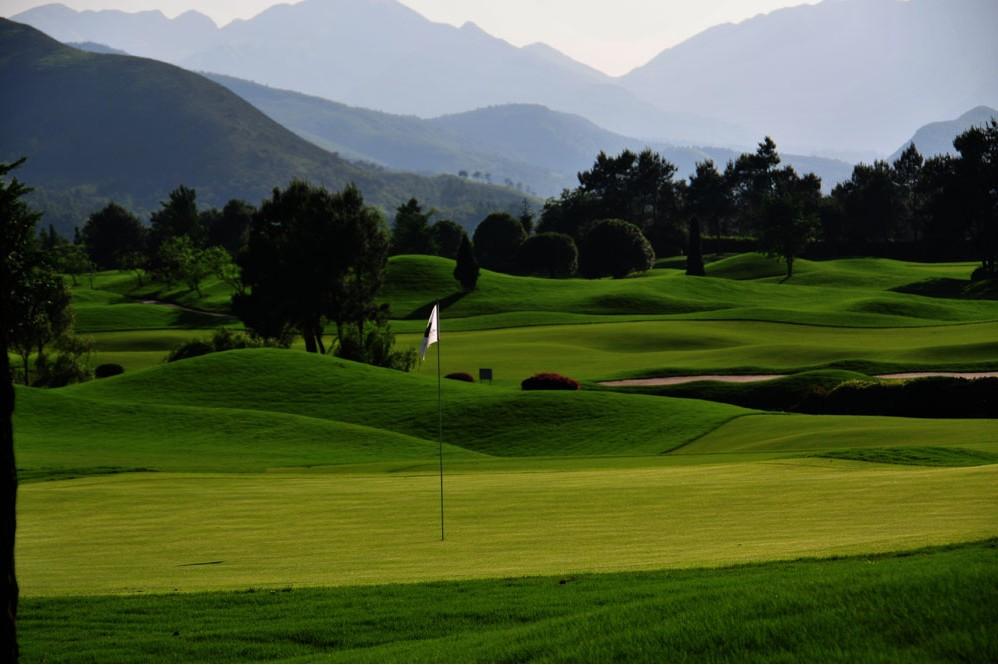 Guilin Golf 5 Days Tour