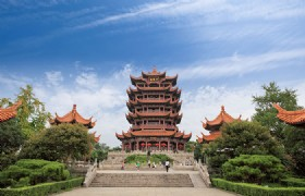 Wuhan Day Tour (Including Hubei Museum)