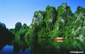Zhangjiajie, Phoenix Town & Three Gorges Tour 10 Days