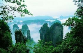 Natural Zhangjiajie and Fenghuang 6 Days Tour