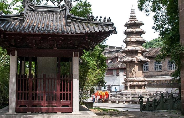Qixia Temple