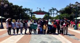 4 Days 3 Nights Hong Kong 20 People from Malaysia at Hong Kong Disneyland