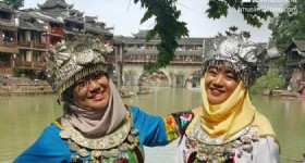 7 Days Changsha, Zhangjiajie, Fenghuang Tour- Visitors from Brunei at Fenghuang Ancient Town