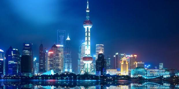 Zhujiajiao Water Town and Huangpu River Dinner Cruise