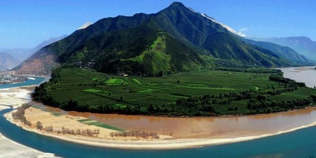 First Bend of Yangtze River