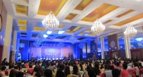 Our Guangzhou Branch Successfully Received 700 persons Group from Malaysia