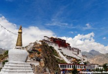Discover Potala Palace in Lhasa