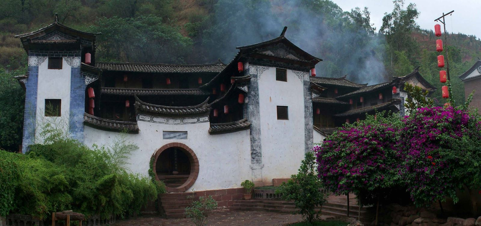 Wufamily-Compound-Backyard-in-Heijing-Ancient-Town