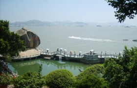 4 Days Xiamen Fujian Tulou and Gulangyu Muslim Tour