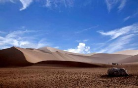 Turpan to Liuyuan by High-speed Train (4 hrs) to Dunhuang by Coach (1 hour)