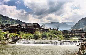 8 Day Hong Kong and Colorful Guizhou Tour
