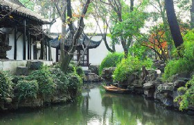10-Day Beijing Shanghai Disneyland Suzhou and Hangzhou Muslim Tour