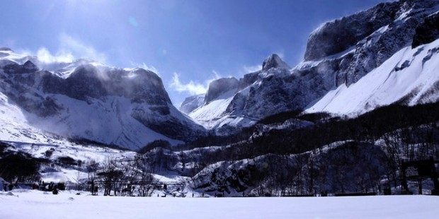 Changbaishan Ski Resort 9 Days Tour
