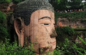 Leshan Giant Buddha One Day Climbing Tour