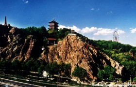 Turpan - Heavenly Lake - Urumqi by coach
