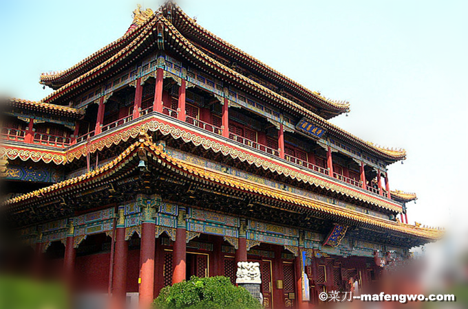 Yonghe-Palace-1.png