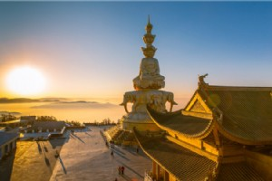 Mount Emei the Holy Center For Pilgrimage