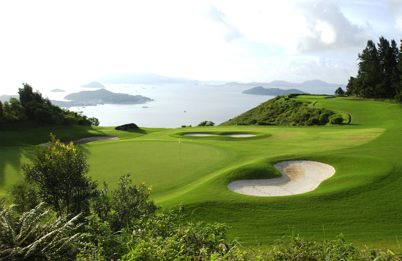 Discovery-Bay Golf-Club-Hong-Kong-1.jpg