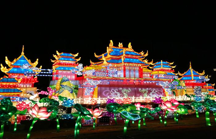 Chengde Dingsheng Royal Lantern Festival