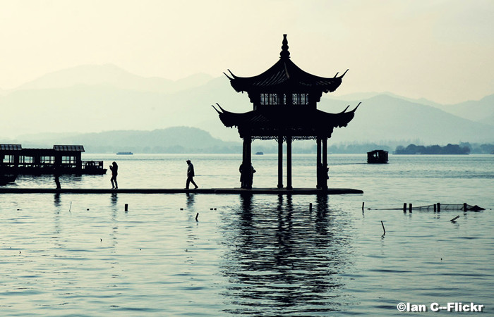 Hangzhou-West-Lake.jpg