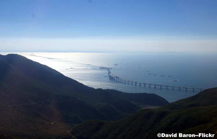 Hong-Kong-Zhuhai-Macau-Bridge.jpg