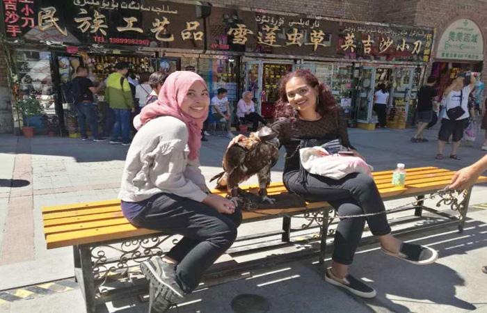 Urumqi-Bazaar-Xinjiang-001.jpg