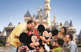 Family Trip Hong Kong Disneyland