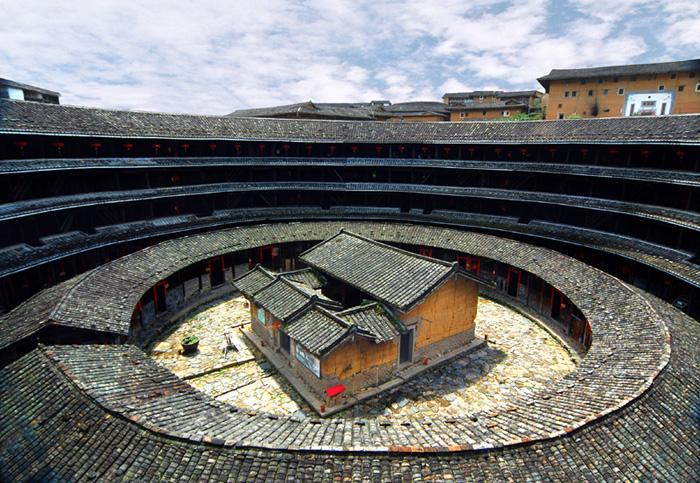 Hakka Tulou Houses and Xiamen Quanzhou 5 Days Tour