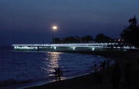 ZengCuoAn Beach in the evening