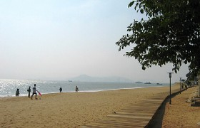 beach near Xiamen University