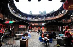 Xiamen One Day Tour To Nanjing Hakka Tulou