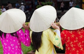 vietnam traditional clothes