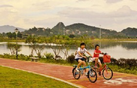 biking on greenway Zhaoqing