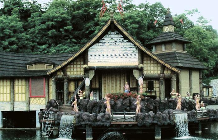 Guilin Merryland Theme Park