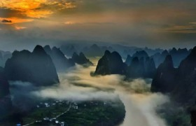 Sunrise Photo on Li River and Longsheng Rice Terraces
