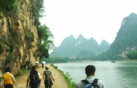 li_river_hiking