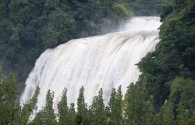 Huangguoshu Waterfall 4