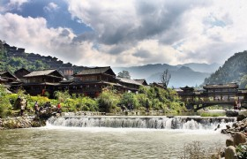 8 Day Hong Kong and Colorful Guizhou Tour