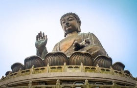Hong Kong Airport Layover Tour to Lantau Giant Buddha with Cable Car and Tai O Boat Ride