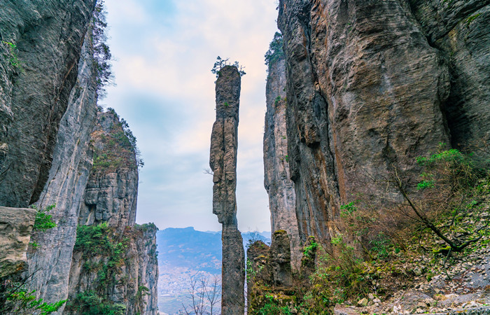 7 Day Zhangjiajie and Enshi Tour