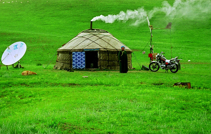 7 Days Inner Mongolia, Kublai Khan and Grassland Exploration Tour