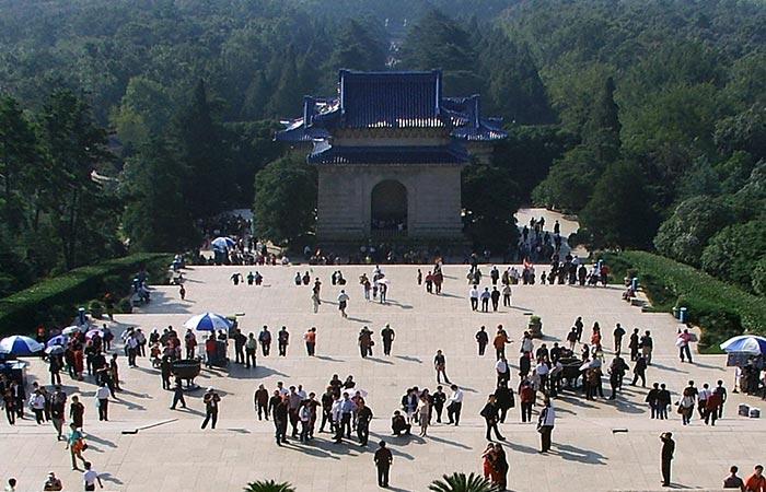 Dr. Sun Yet-sun Mausoleum