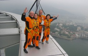 skywalk on macau tower