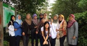 Ladies at Yuexiu Park in Guangzhou