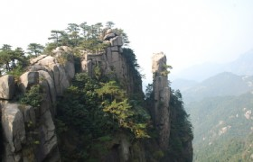 Terracotta Warriors and Mount Huashan Hiking 2 Days Tour