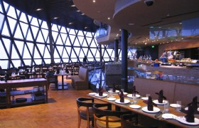 Oriental TV Tower Revolving Restaurant 01