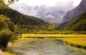 6 Days Daocheng, Yading, Xinduqiao and Kangding Trekking and Photography Tour