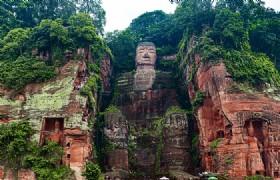 Giant Buddha 1