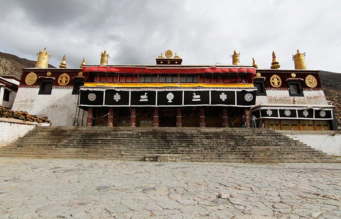 6 Days Shoton Festival and Shigatse Tour